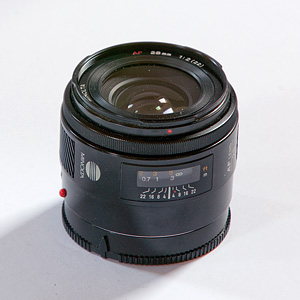Minolta AF 28mm f2